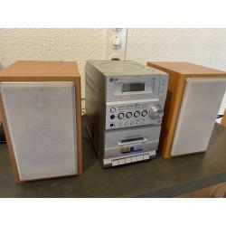 Micro Hi-Fi System LG LX-M140D